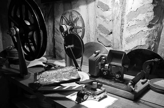 Old Film editing - cane
