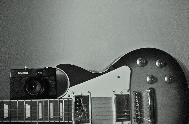 A guitar,a love. - Giulia